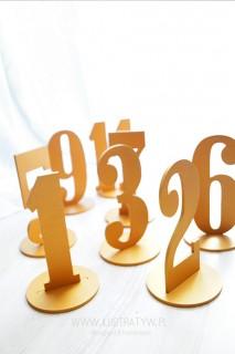 Numer stołu na podstawce