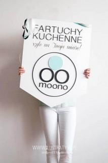 Tablica z logo